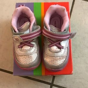 Stride Rite Other - Stride rite Kelsey shoes