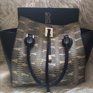Michael Kors Handbags - Collection Miranda Michael Kors Tote