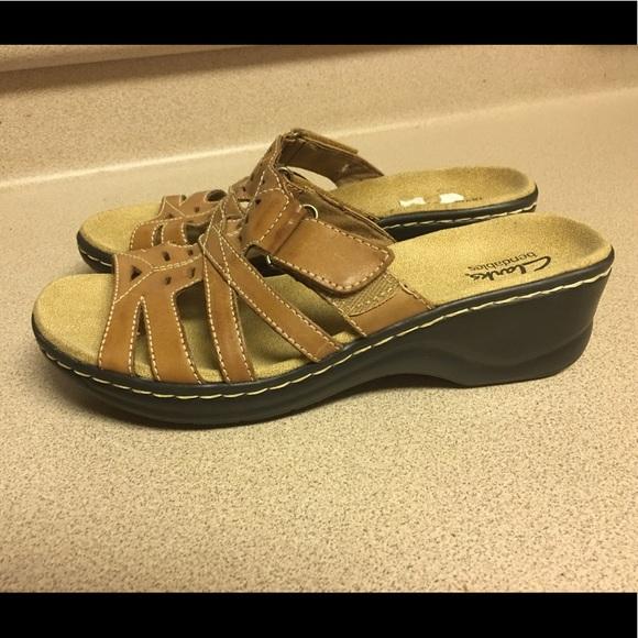 Womens Clarks Bendables Shoes Size M