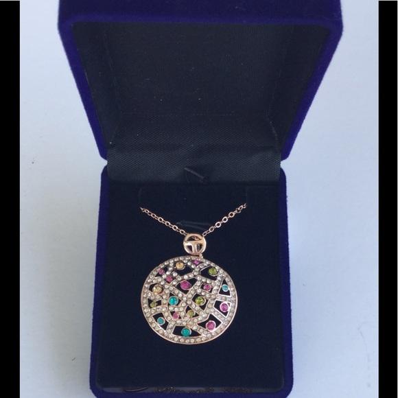 Riakoob Jewelry - Rose Gold Pendant with Swarovski Crystals