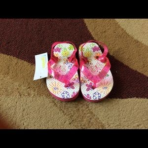 Baby girl flip flop sandals size 5/6 NWT