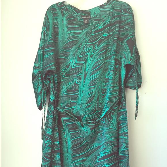 4188ff35401 Lane Bryant Dresses & Skirts - Gorgeous emerald green black tunic dress