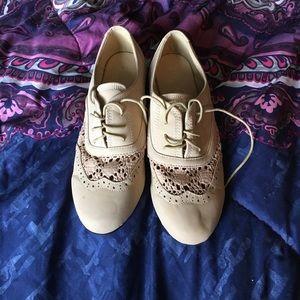 Shoes - Tan crochet shoes
