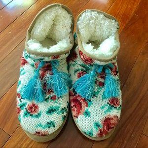 Muk Luks Shoes - Muk Luk rose knitted slippers