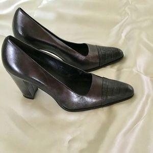 Shoes - Black Crocodile Toe