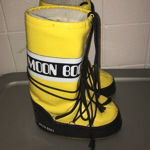 Moon Boot Shoes - Moon boots!