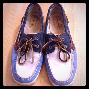 Sperry Shoes - SPERRY like new boat shoes ⛵️