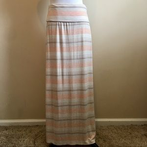 Women's Knee Length Maxi Skirt on Poshmark