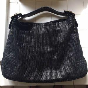 Be & D Handbags - Be&D black leather woven handbag.