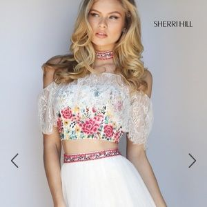 Sherri Hill Dresses & Skirts - Sherri Hill formal gown