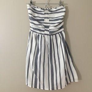 Gap White/ Navy Chambray Stripe Strapless Dress