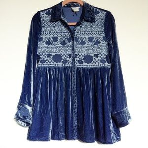 Anthropologie Tops - Anthropologie velvet embroidered top