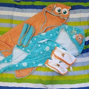 Disney Other - Finding Nemo Baby Towel Set