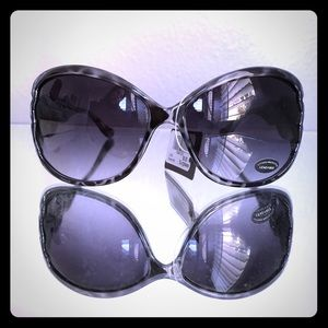 Love Culture Accessories - NWT Gray Sunnies
