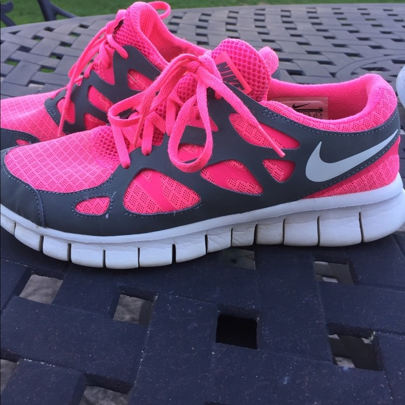 NIKE Free Run 2 pink and grey running shoes 7.5