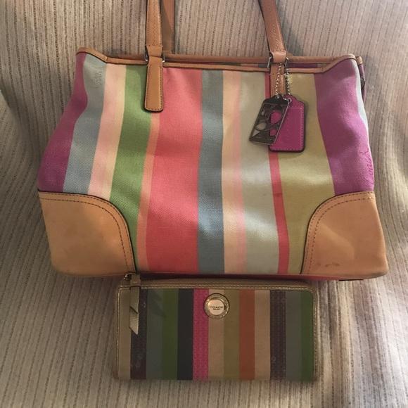 Coach Handbags - Authentic Coach Purse & Wallet