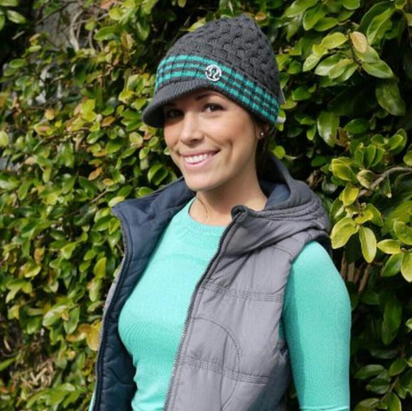e51c55ffe84bc lululemon athletica Accessories - Lululemon Merino Wool Striped Brimmed  Beanie