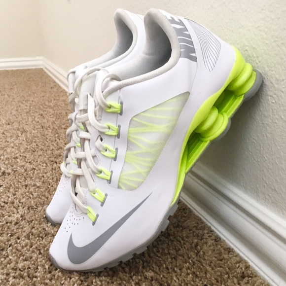innovative design 759e4 36c05 Nike Shox Superfly R4 Women's