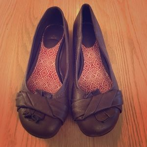Mia Chica Shoes - Brown flats