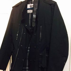 Trench Burberry authentic! Price fixed