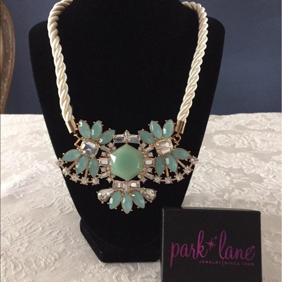 Park Lane Jewelry Nwot Aqua Fleur Unique Beautiful Necklace Poshmark