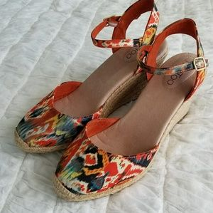 me too Shoes - Me Too Ikat Espadrille Wedge Sandals Sz 9.5