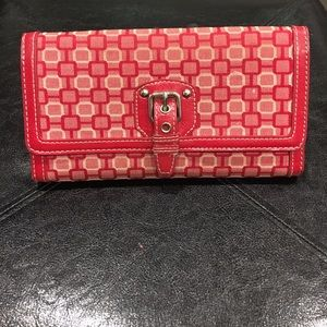 Red square pattern wallet
