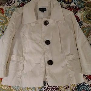 Dialogue white coat 3/4 sleeve XS
