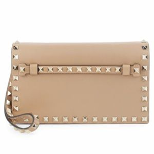 Valentino Handbags - NEW VALENTINO ROCKSTUD LEATHER CLUTCH