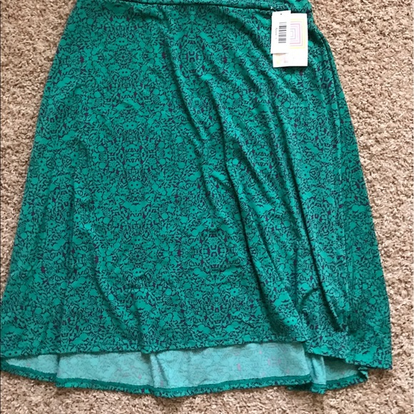 LulaRoe size L Azure slinky fabric BNWT