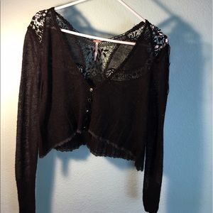 ✨Free People black lace Cardigan