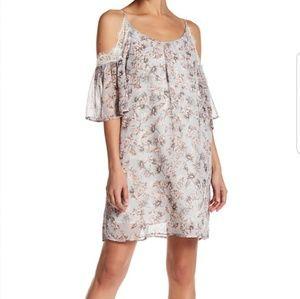 Soprano Dresses & Skirts - 🌟FINAL SALE 🌟Soprano lace cold shoulder