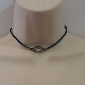 Jewelry - Black choker with gold clip and glass bead