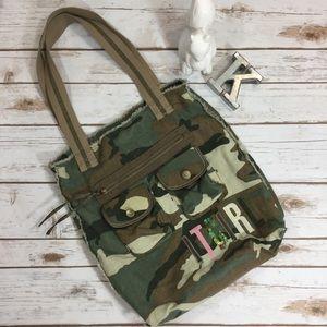 Relic Handbags - It Girl cotton canvas camouflage Relic tote