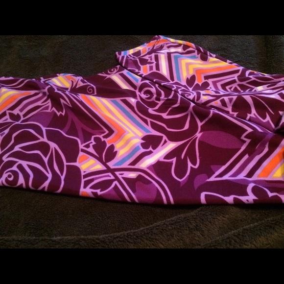 42% off LuLaRoe Pants - Lularoe OS Purple Disney Roses Leggings ...