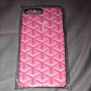Goyard Accessories - iPhone 7 Plus Case 📱