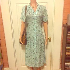 Gorgeous Vintage 90's Blue Floral Button Up Dress