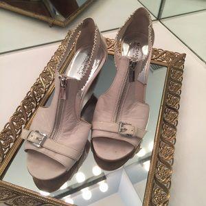 KORS Michael Kors Shoes - Michael Kors White Zip Up Open Toed Wedges