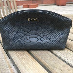 GiGi New York Leather Cosmetic Case