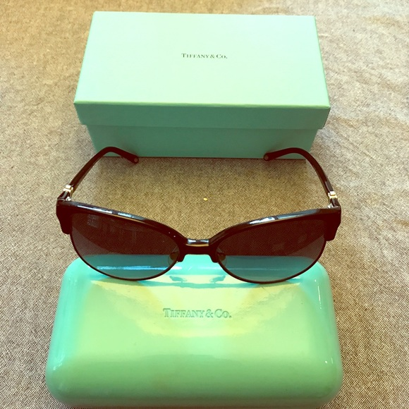 703aebeae3 Accessories - Gorgeous Tiffany   Co Polarized Cat Eye Sunglasses