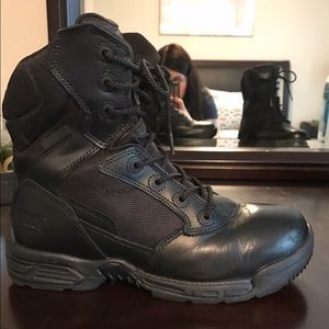 Magnum Shoes - Women's Magnum Side Zip Tactical Boots Size 7.5