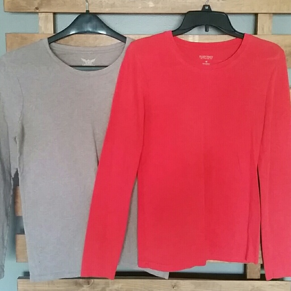67 Off Tops Long Sleeve T Shirts Good For Layering Or