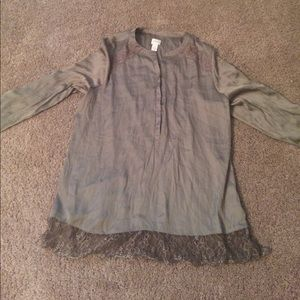 Chicos size 2 blouse