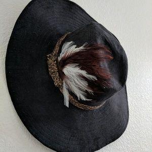 Gypsy Warrior Fleetwood floppy hat