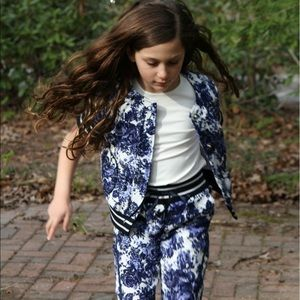 Byblos Other - Byblos Floral Pants And Jacket Size 8