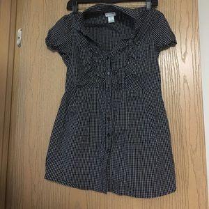 Motherhood Maternity shirt size small