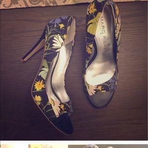 Marc Fisher Shoes - Marc fisher flower peep toe heels
