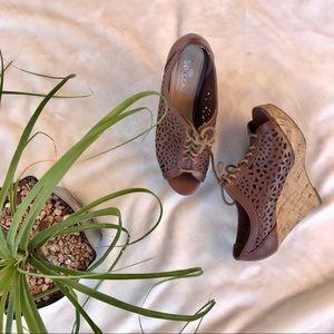 Sbicca Shoes - ⭐️🍾FLASH SALE!!! Sbicca wedges