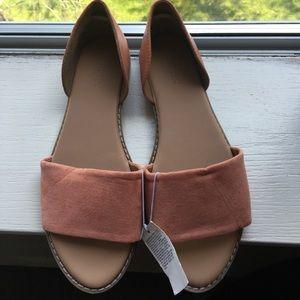 New Old navy sandal