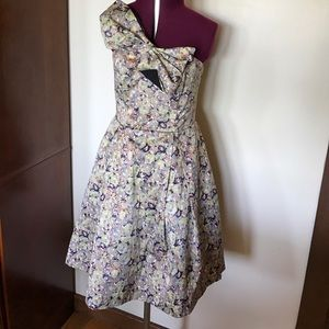 Kate Young Floral Bow Dress 4